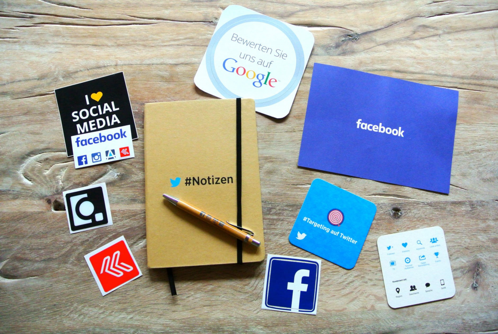budgetpolitan social media spending habits